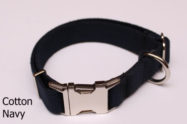 An image of a black cotton dog collar from TheUltimateLeash.com