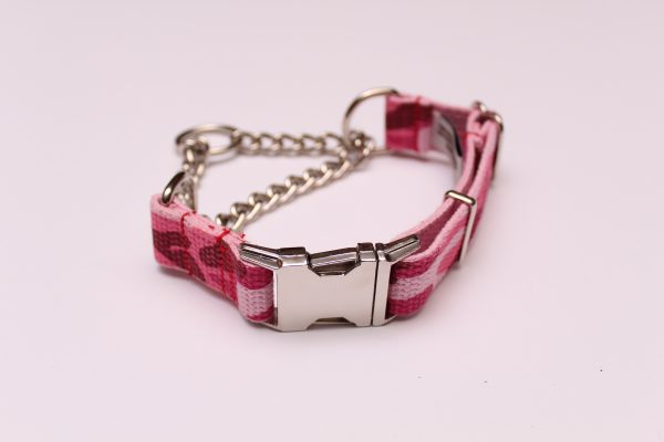 An image of a camo martingale dog collar from the Martingale Collar Camo Series